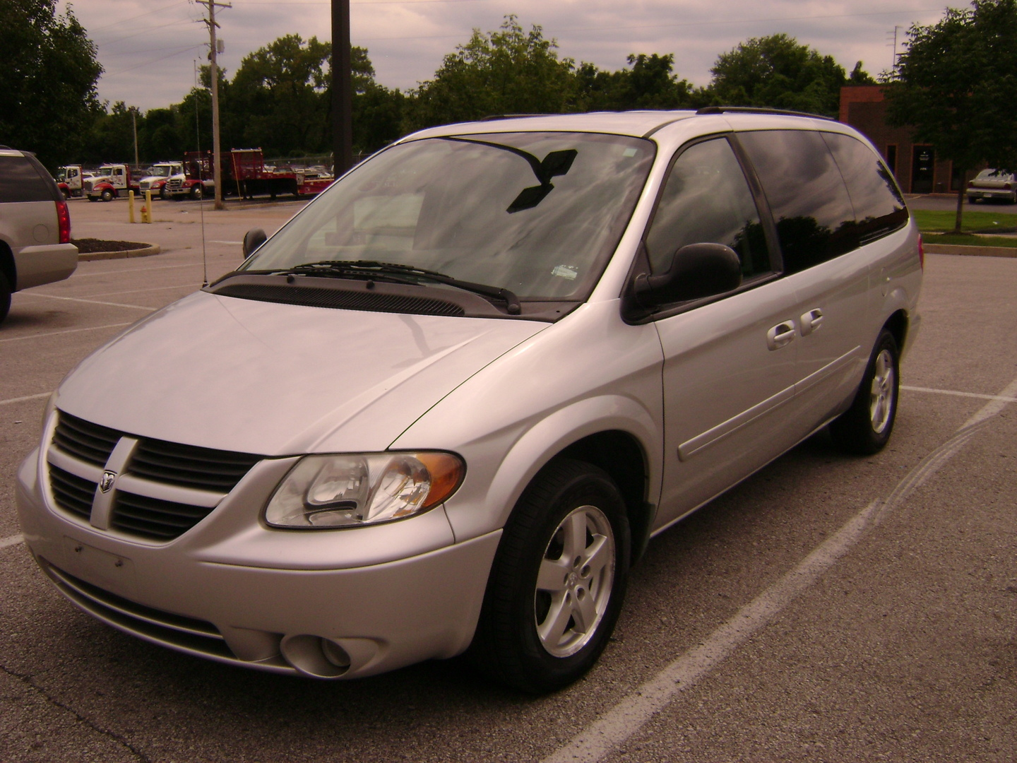 buy 2007 dodge grand caravan florissant mo hart. Black Bedroom Furniture Sets. Home Design Ideas