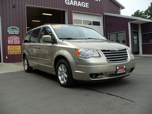 2008 Chrysler Town and Country Touring 4dr Minivan (3.8L 6cyl 6A)