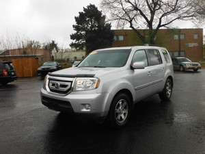 2009 Honda Pilot Touring 4dr SUV 4WD w/Nav, Rear Entertainment (3.5L 6cyl 5A)