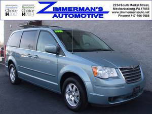 2009 Chrysler Town and Country Touring 4dr Minivan (3.8L 6cyl 6A)